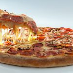 بيتزا بالاضافات